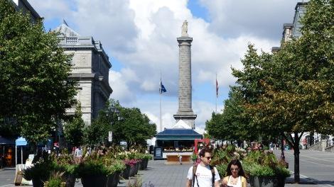 Die Admiral Nelson Statue.