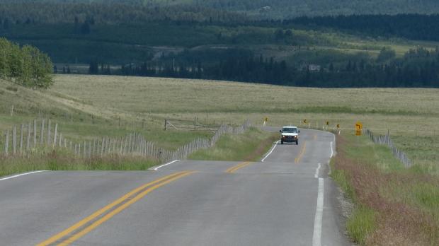 Jetzt gehts über die Foot Hills Richtung Cochrane -  Calgary.