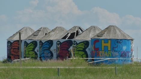 Die voerst letzten Grafitti an Kornspeichern.