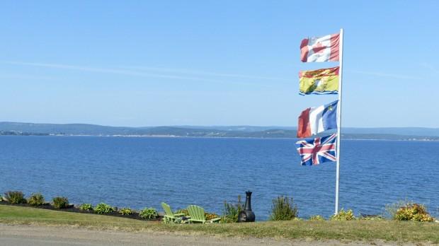 Von oben nach unten: Kanada, New Brunswick, Akadien und Großbbritannien.