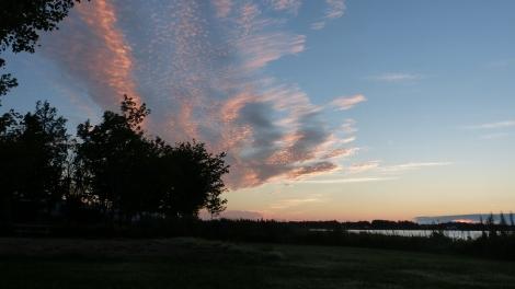 Blick aus dem Zelt vor Sonnenaufgang